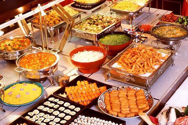 kiêng ăn buffet