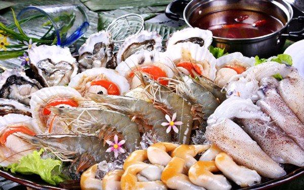 Kiêng ăn hải sản hun khói