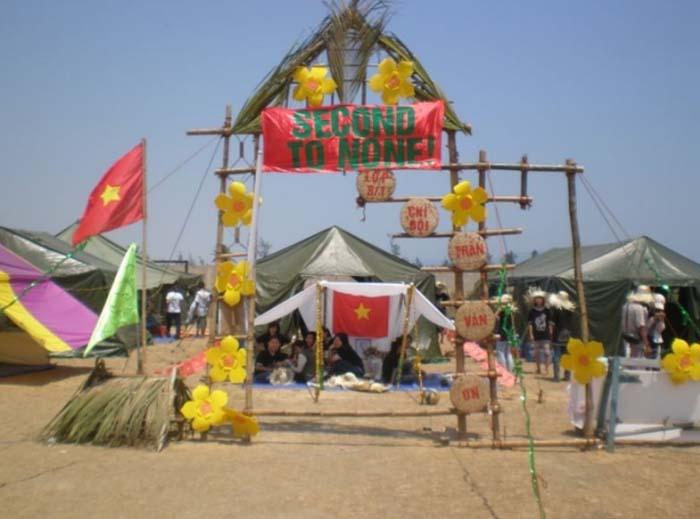Trang trí lều trại với những hình cổng trại đẹp 22